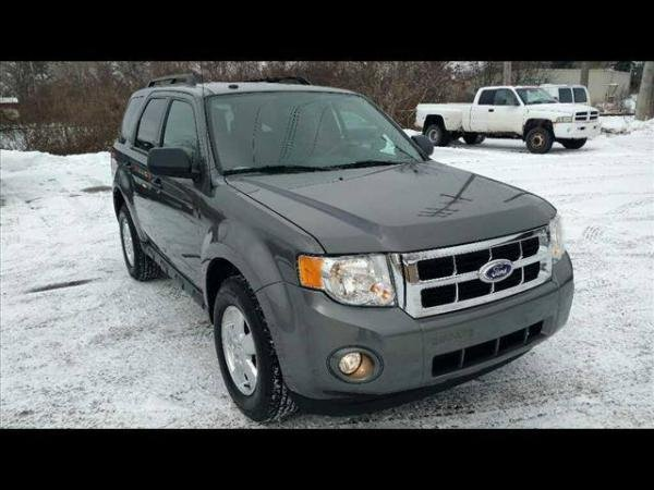 Showcase cover image for Brian13's 2011 Ford Escape XLT